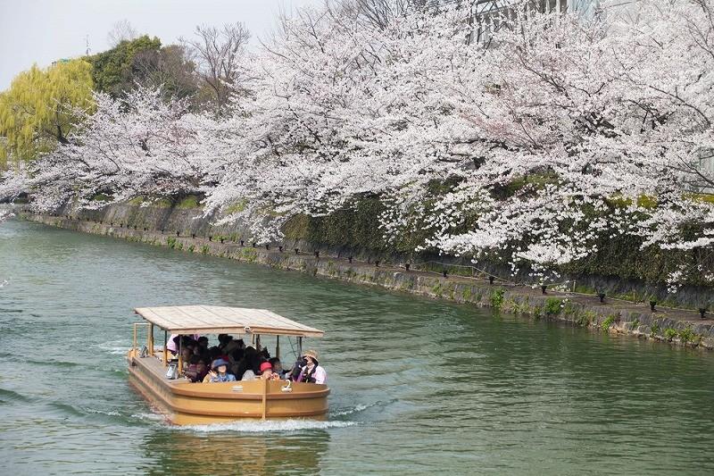 岡崎城下舟遊び