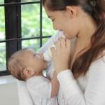 「赤ちゃんがミルクでむせるのなら」むせないで飲ませるには?