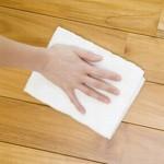 床の黒ずみがこんなにキレイになるなんて!床掃除にはコツがある!
