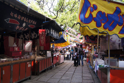根津神社 つつじ祭り 屋台