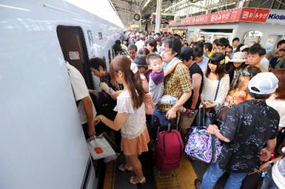 新幹線 GW 混雑