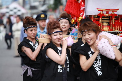 富山 山王祭 女神輿
