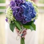 あじさいの花言葉とは?結婚式で使うのにふさわしい色は?