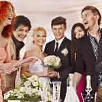 結婚式や二次会のドレスコードが平服なら何を着てく?服装マナーをチェック!